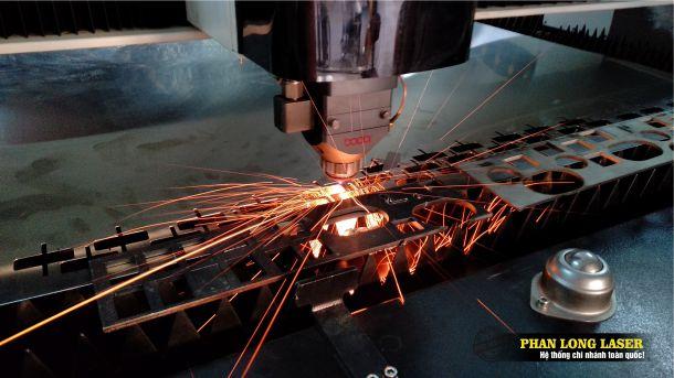 Cắt Laser Inox Đồng Nhôm Sắt Thép tại Phú Nhuận, Tân Bình, Gò Vấp, Bình Thạnh, Thủ Đức, Bình Tân, Tân Phú, Sài Gòn