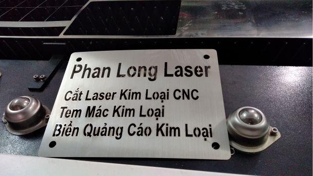 Địa điểm chuyên cắt chữ kim loại, cắt kim loại làm mô hình, cắt kim loại làm tem nhãn mác ở Sài Gòn